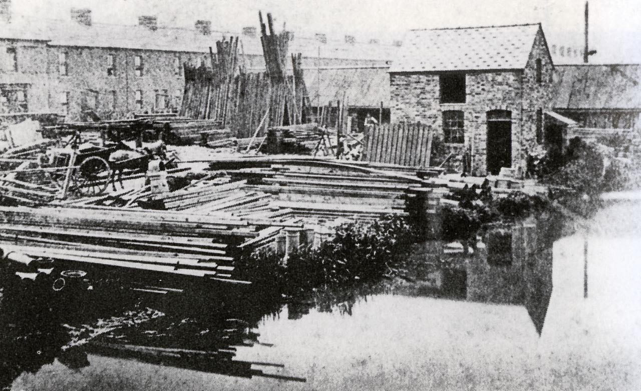 Albion Street, Webbs Wharfe, Wilts and Berks Canal 1873