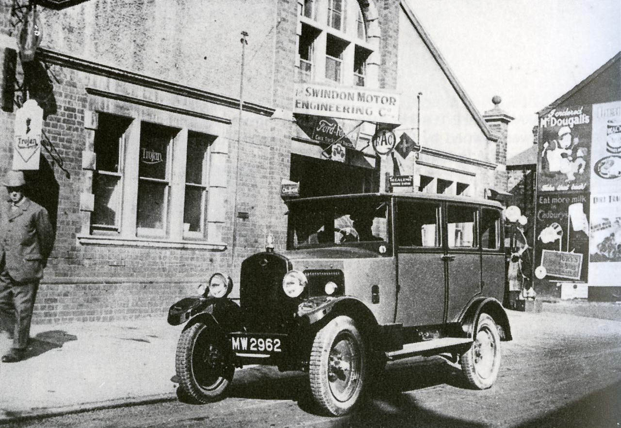 Devizes Road: Swindon Motor Engineering Co 1932